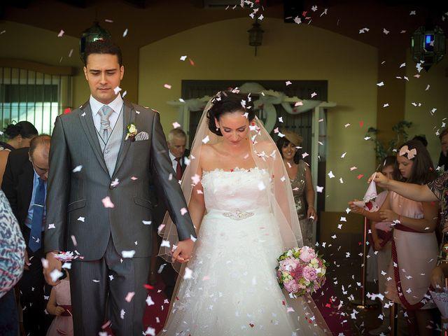 La boda de Daniel y Macarena en Chiclana De La Frontera, Cádiz 10