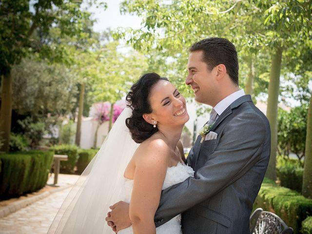 La boda de Daniel y Macarena en Chiclana De La Frontera, Cádiz 12