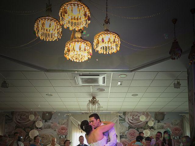 La boda de Daniel y Macarena en Chiclana De La Frontera, Cádiz 27