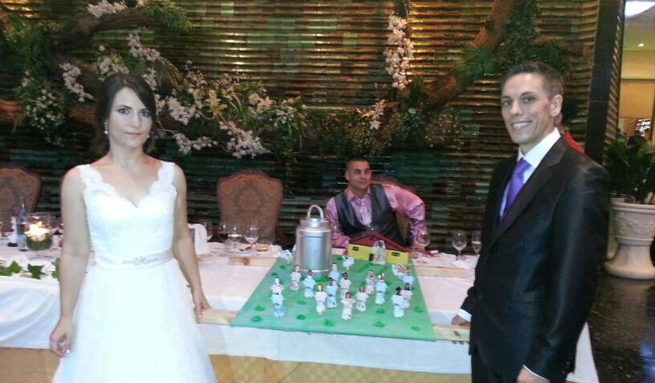 La boda de Trinidad y Antoni Vicent en Turis, Valencia