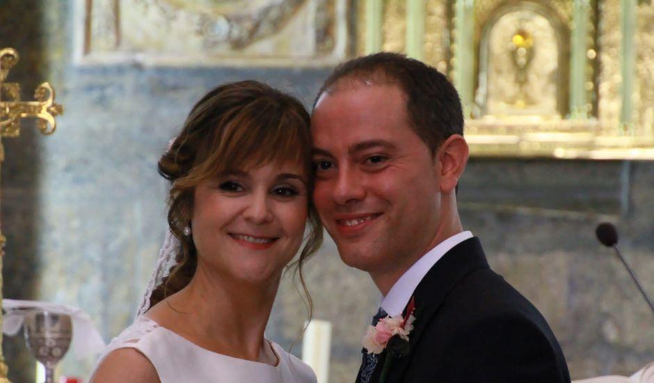 La boda de Antonio José  y Nuria  en Almuradiel, Ciudad Real