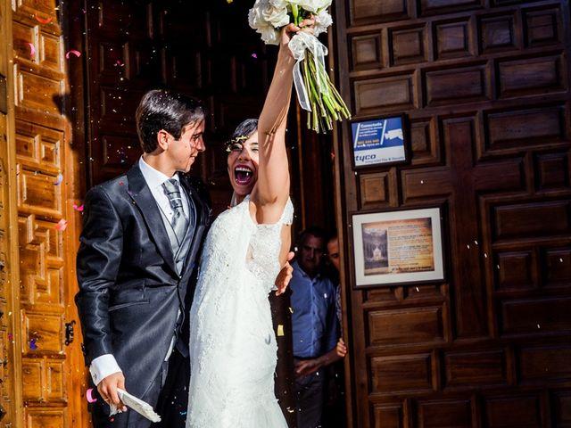 La boda de Juan Antonio y Mari Carmen en Arjona, Jaén 27
