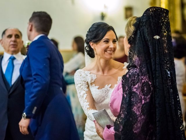 La boda de Fernando y Nieves en Argamasilla De Calatrava, Ciudad Real 24