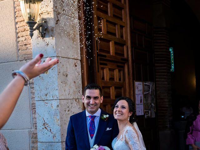 La boda de Fernando y Nieves en Argamasilla De Calatrava, Ciudad Real 27