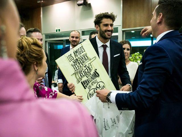 La boda de Fernando y Nieves en Argamasilla De Calatrava, Ciudad Real 43