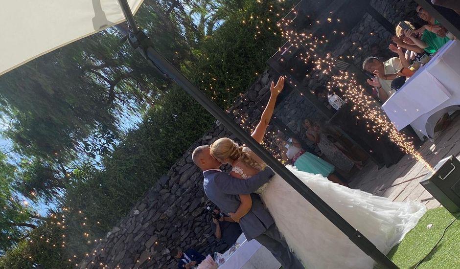 La boda de Oliver y Laura  en Las Palmas De Gran Canaria, Las Palmas