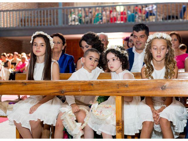 La boda de Raúl y Belén en Algarinejo, Granada 13