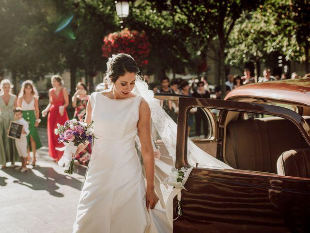 La boda de Mikel y Maria en Donostia-San Sebastián, Guipúzcoa 27