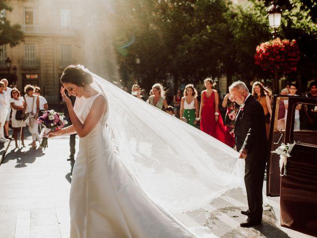 La boda de Mikel y Maria en Donostia-San Sebastián, Guipúzcoa 28