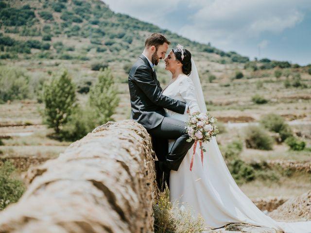 La boda de Albert y Fátima en Catí, Castellón 1