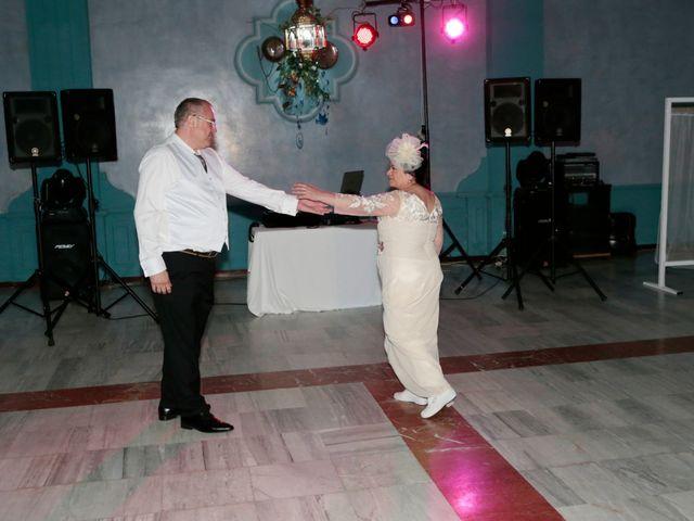 La boda de Carmen y Miguel en Alcala Del Rio, Sevilla 19