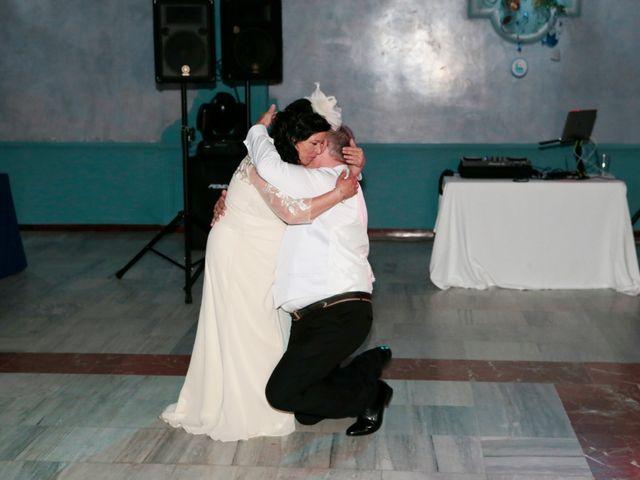 La boda de Carmen y Miguel en Alcala Del Rio, Sevilla 21