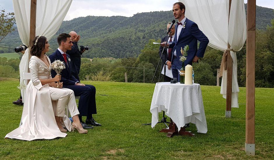 La boda de Aniol y Carlota en El Collell, Girona