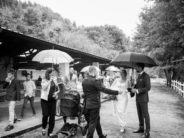 La boda de Aitor y Garazi en Markina-xemein, Vizcaya 89