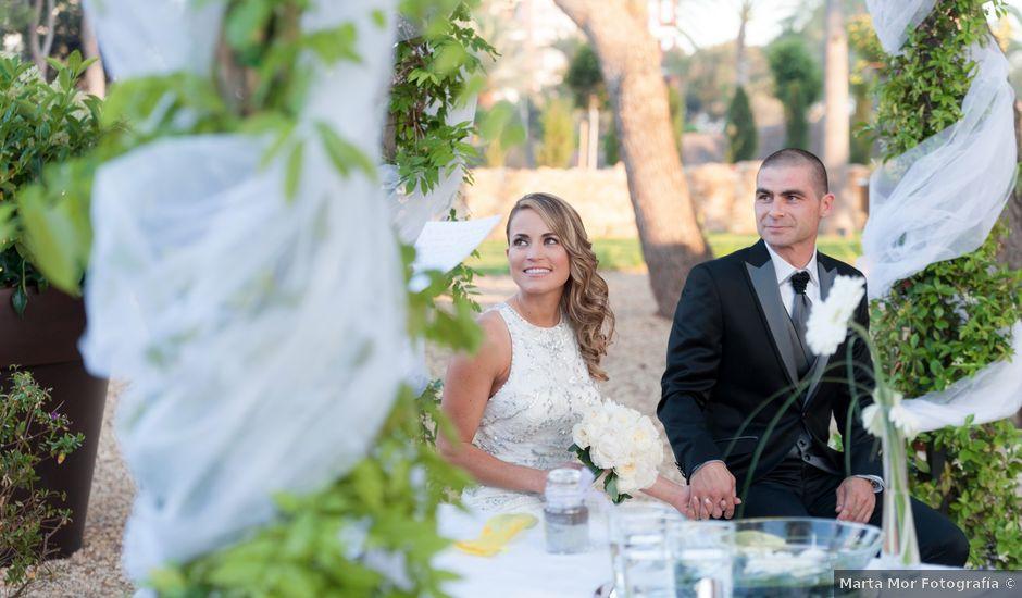 La boda de David y Cristina en Benicàssim/benicasim, Castellón