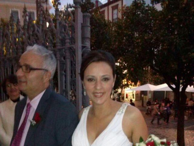 La boda de Miguel Angel y Lourdes en Sevilla, Sevilla 1
