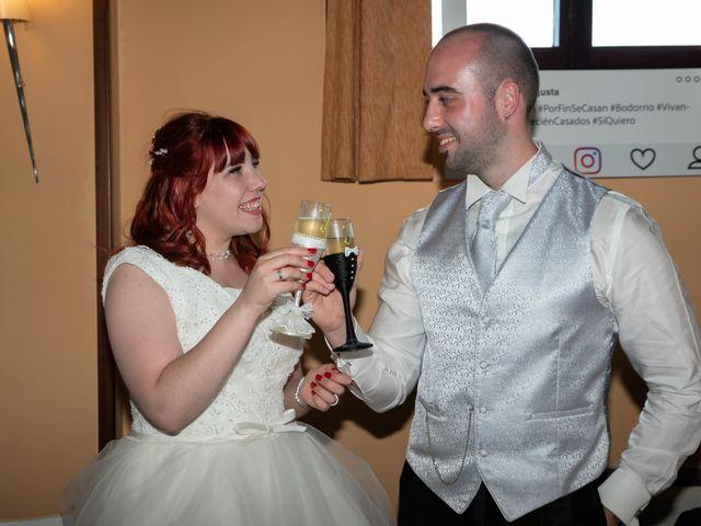 La boda de Yasmin  y Jon Ander  en Llodio, Álava 2