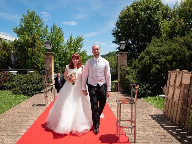 La boda de Yasmin  y Jon Ander  en Llodio, Álava 7