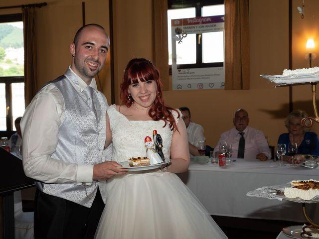 La boda de Yasmin  y Jon Ander  en Llodio, Álava 8