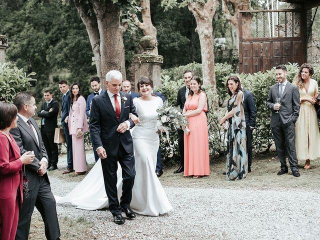 La boda de Pedro y María en Salas, Asturias 31