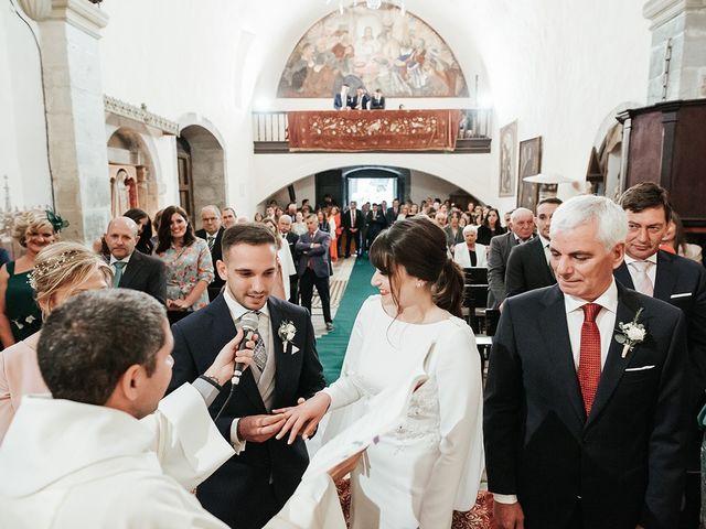 La boda de Pedro y María en Salas, Asturias 39