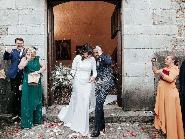 La boda de Pedro y María en Salas, Asturias 49