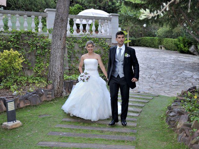La boda de Laura y Gabi en Santpedor, Barcelona 27