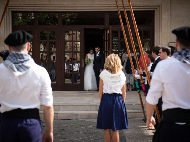 La boda de Josu y Leire en Zarautz, Guipúzcoa 16