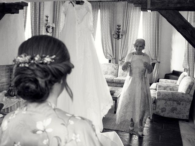 La boda de Laura y Daniel en Mangiron, Madrid 17