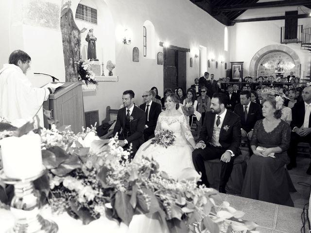 La boda de Laura y Daniel en Mangiron, Madrid 36