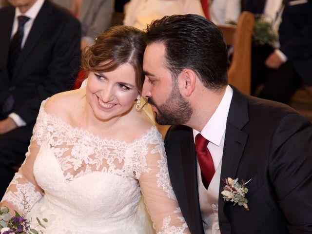 La boda de Laura y Daniel en Mangiron, Madrid 42