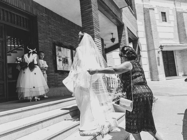 La boda de Tzvetomir y Gabriela en Yuncos, Toledo 17