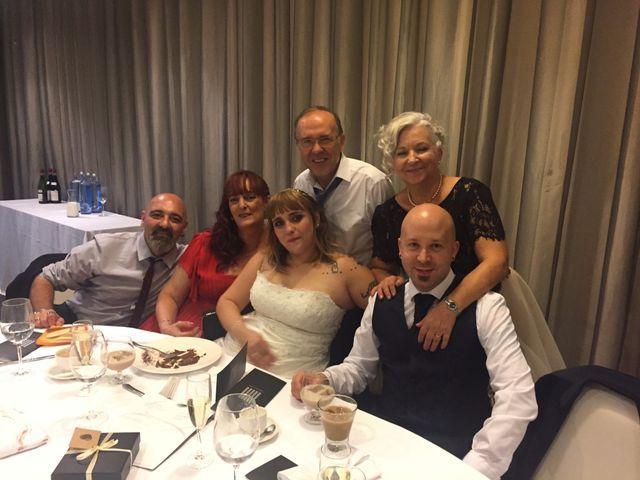 La boda de Asier  y Amanda  en Bilbao, Vizcaya 23