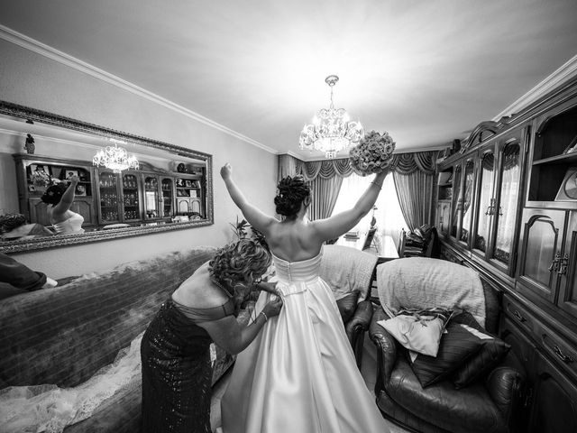 La boda de Javi y Laura en Ponferrada, León 15