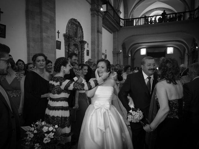 La boda de Javi y Laura en Ponferrada, León 22