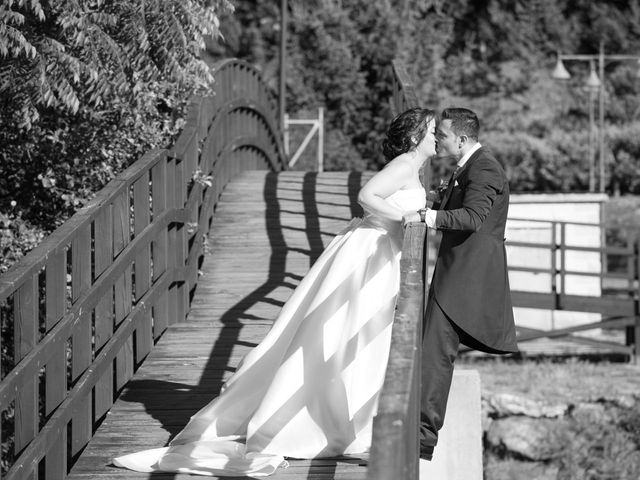 La boda de Javi y Laura en Ponferrada, León 25