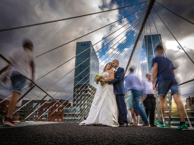 La boda de Asier  y Amanda  en Bilbao, Vizcaya 16