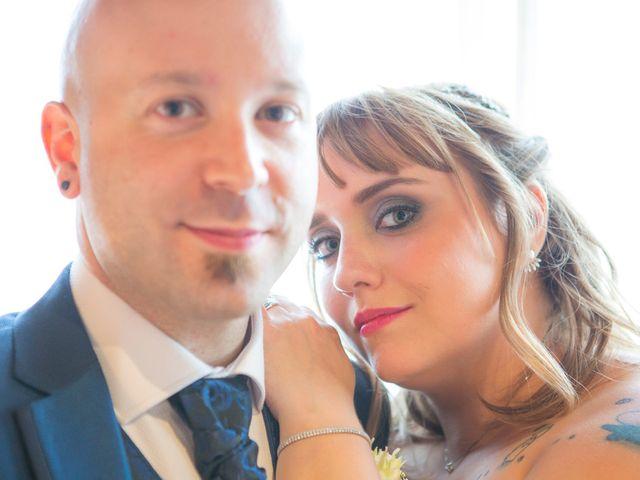 La boda de Asier  y Amanda  en Bilbao, Vizcaya 17