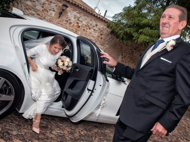 La boda de Miguel y Ana en Consuegra, Toledo 16