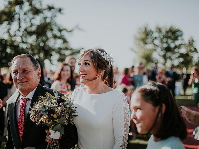 La boda de Hugo y Paula en Quintueles, Asturias 26