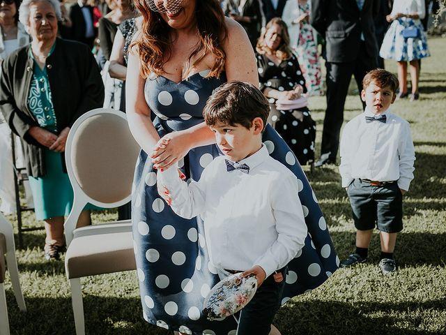 La boda de Hugo y Paula en Quintueles, Asturias 27
