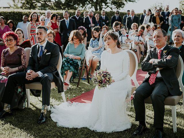 La boda de Hugo y Paula en Quintueles, Asturias 35