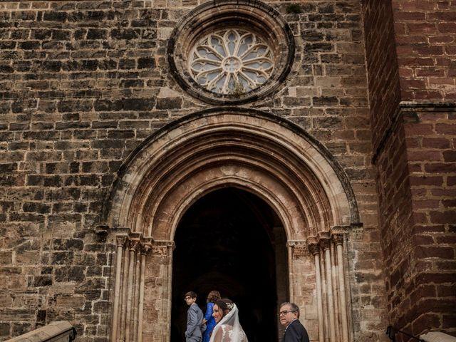La boda de Santi y Laura en El Puig, Valencia 29