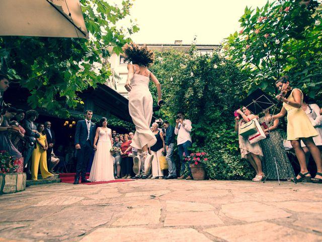 La boda de Ander y Maitane en Zarautz, Guipúzcoa 15