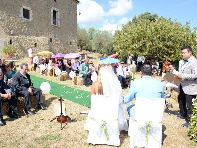 La boda de Iván  y Stella  en Camos, Girona 8