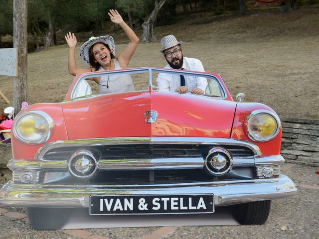 La boda de Iván  y Stella  en Camos, Girona 20