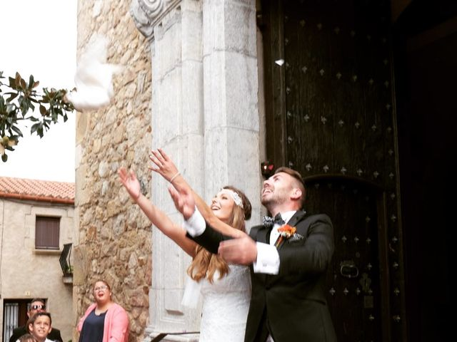 La boda de Rubén   y Sarah  en Castell-platja D'aro, Girona 10