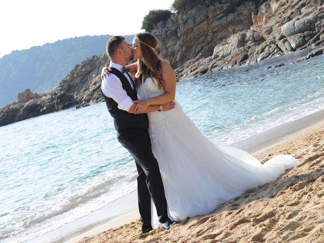 La boda de Rubén   y Sarah  en Castell-platja D'aro, Girona 42