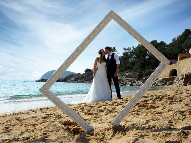 La boda de Rubén   y Sarah  en Castell-platja D'aro, Girona 50