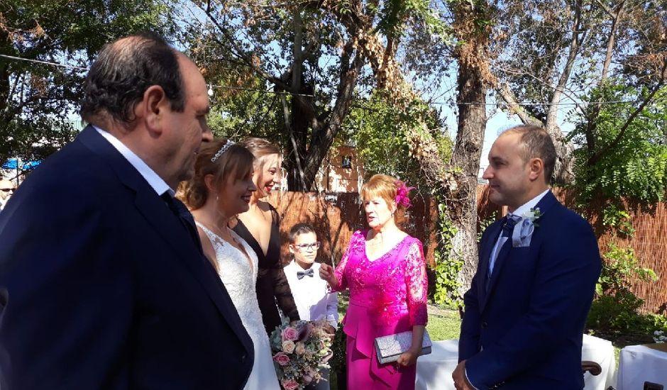 La boda de Juan Carlos y Ana María en Fuenlabrada, Madrid
